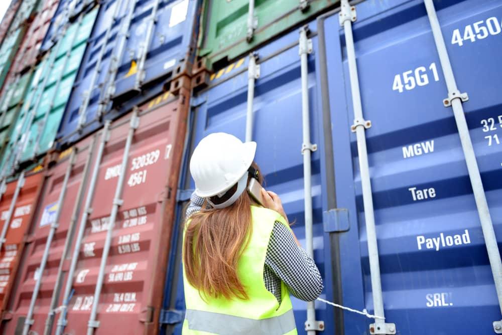 chiffres-cles-secteur-logistique-femme